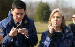 Miliband and Hillary eating